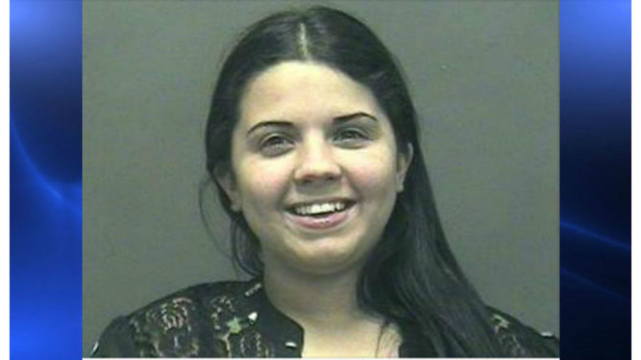 Springfield Ma Escorts >> Woman Arrested For Prostitution All Smiles For Mugshot