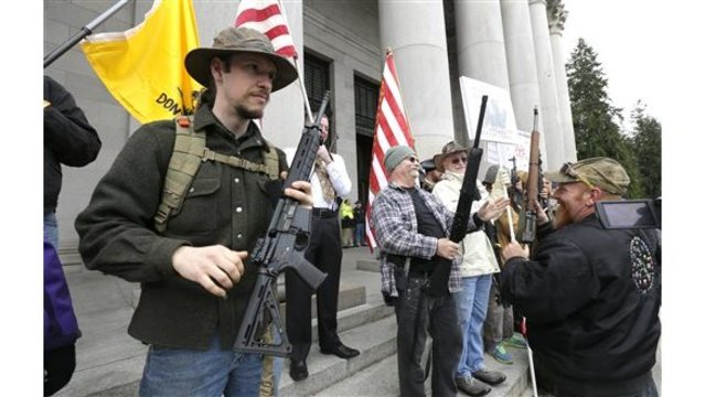 Armed gun-rights advocates rally at Washington state capitol