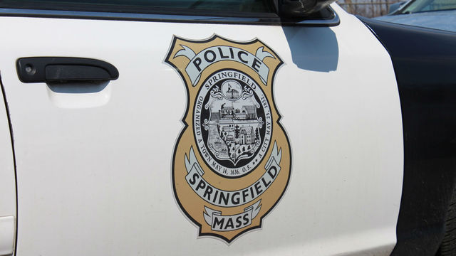 No arrest made after 2 people end up with cut wounds in Springfield