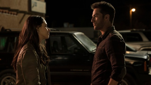 Roswell, New Mexico - Michael Trevino On Kyle Valenti